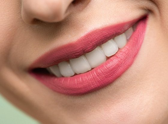 10 Easy And Effective Home Remedies For Whiter Teeth